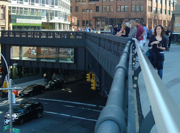 highline_nyc_seating_area